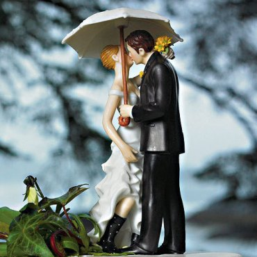 rainy-wedding-day-cake-topper