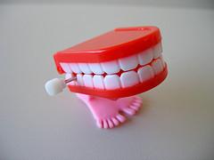 Vogliamo la giornata mondiale dell'estrazione dentaria in anestesia